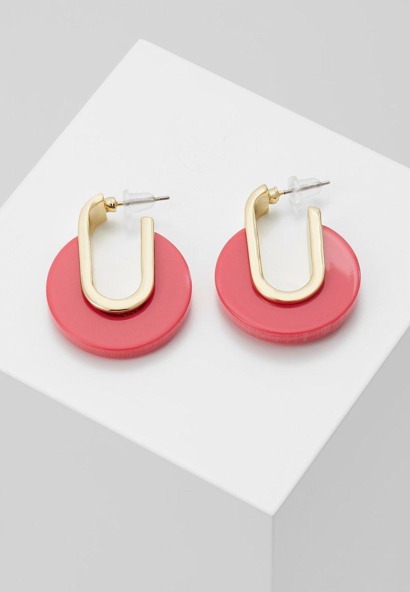 SNÖ of Sweden - SMALL OVAL EAR - Oorbellen - gold-coloured/pink