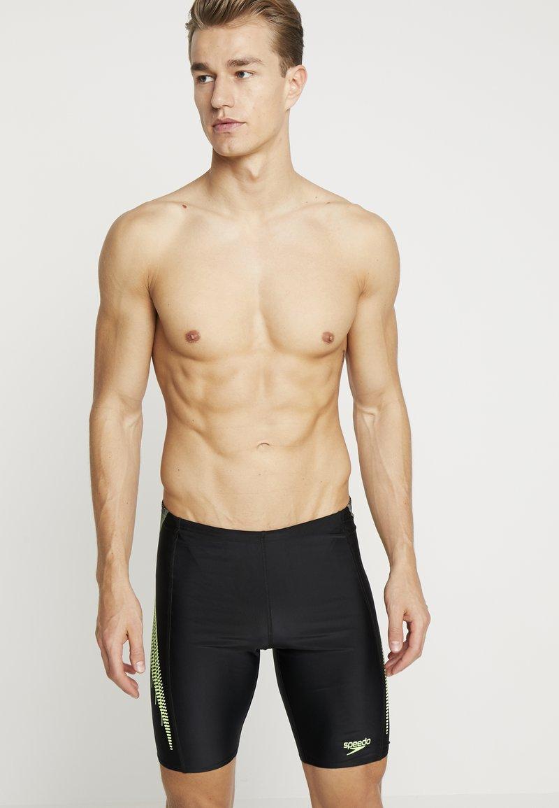 Speedo - PLACEMENT PANEL JAMMER - Zwemshorts - black/bright zest/oxid grey
