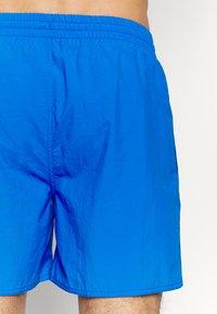 Speedo - WATER - Swimming shorts - bondi blue - 4