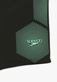 Speedo - TECH - Kąpielówki - black/green glow - 3