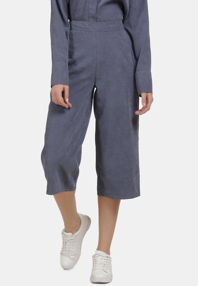CULOTTE - Trousers - denim blau