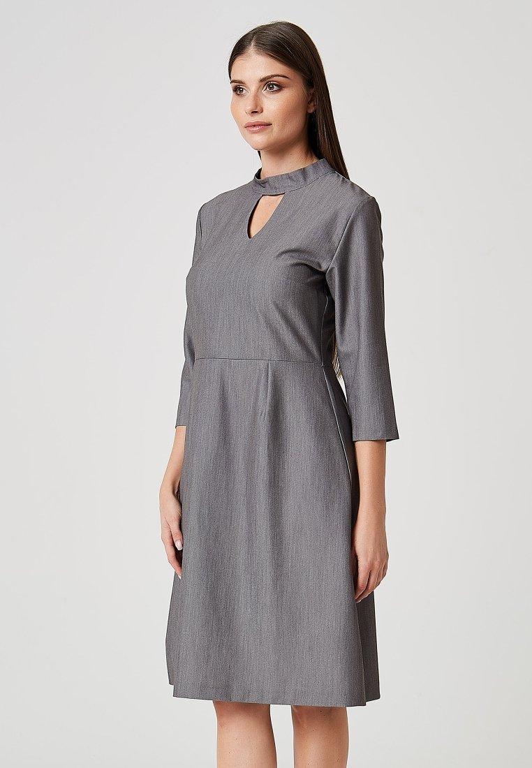 Usha - Robe de soirée - gray