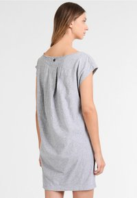 Usha - Jerseyjurk - mottled grey - 2
