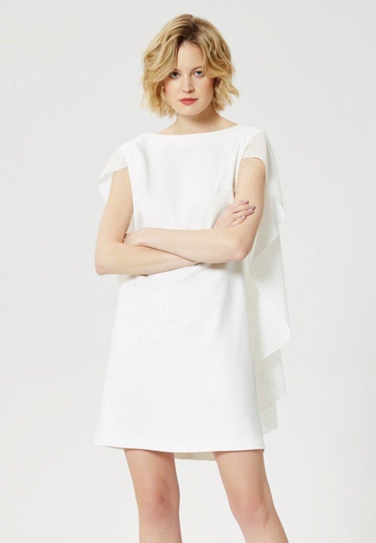 Usha - Freizeitkleid - white