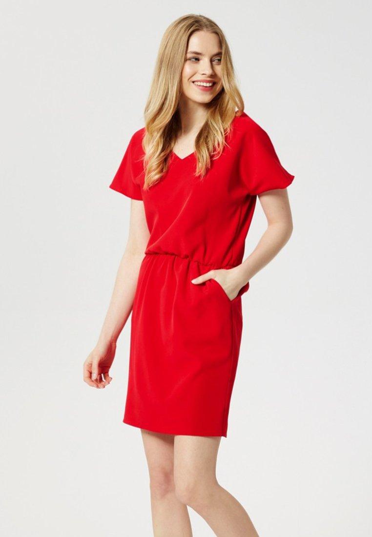 Usha - Day dress - red