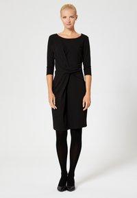 usha - Vestido ligero - black - 1