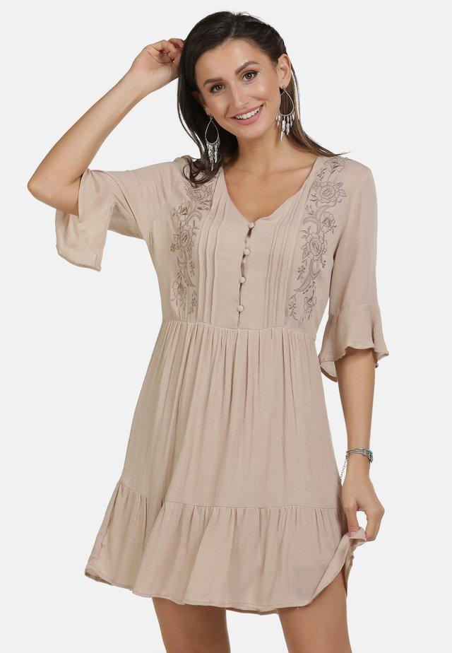 Korte jurk - nude