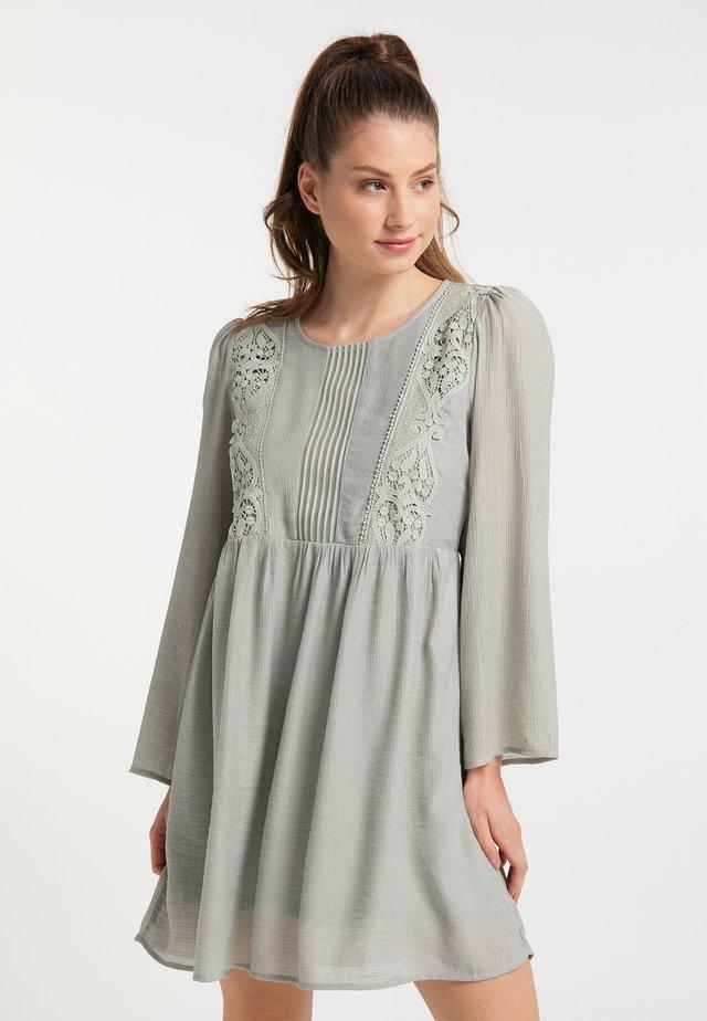 Sukienka letnia - hellminze