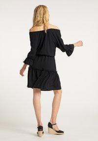 usha - BLUSENKLEID - Korte jurk - schwarz - 2