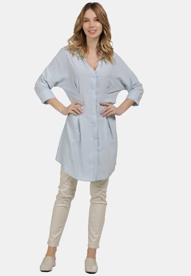 LONGBLUSE - Button-down blouse - hellblau