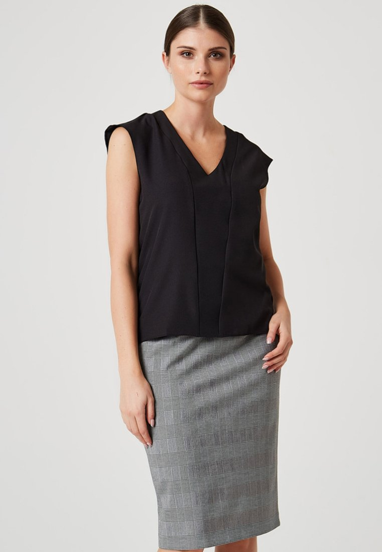 Usha - Blouse - black