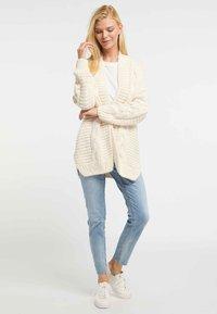 usha - Vest - white - 1