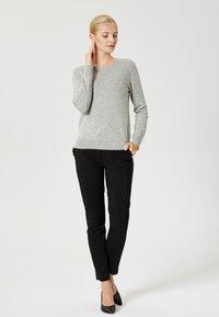 usha - Sweter - light grey melange - 1