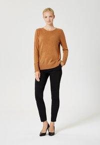 usha - Jersey de punto - brown - 1