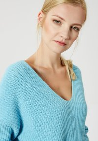 usha - Jumper - blue - 3