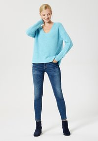 usha - Jumper - blue - 1