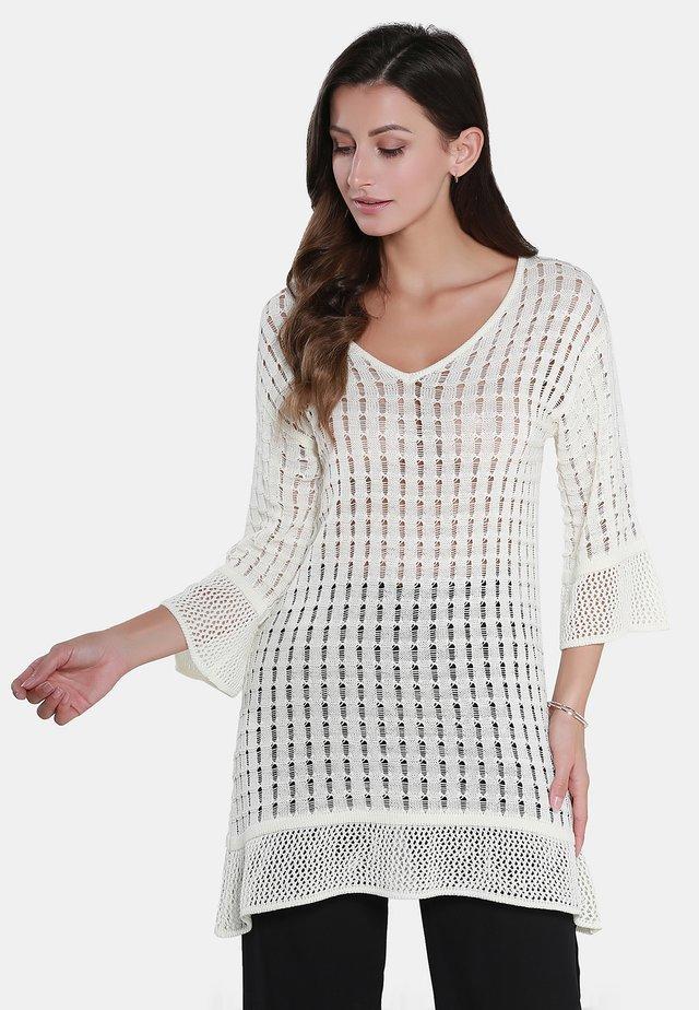 Strikpullover /Striktrøjer - woolen white