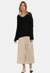 usha - Jumper - black - 1