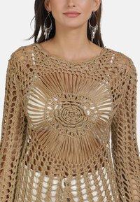 usha - PULLOVER - Stickad tröja - sand - 4