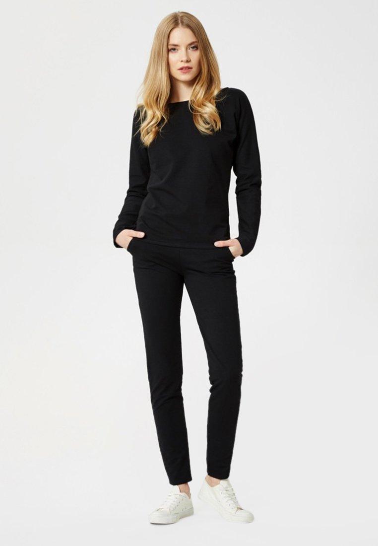 Usha - Pyjama set - black