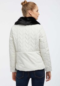 usha - Kurtka zimowa - wool white - 2