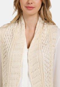 usha - LONGWESTE - Cardigan - woolen white - 3