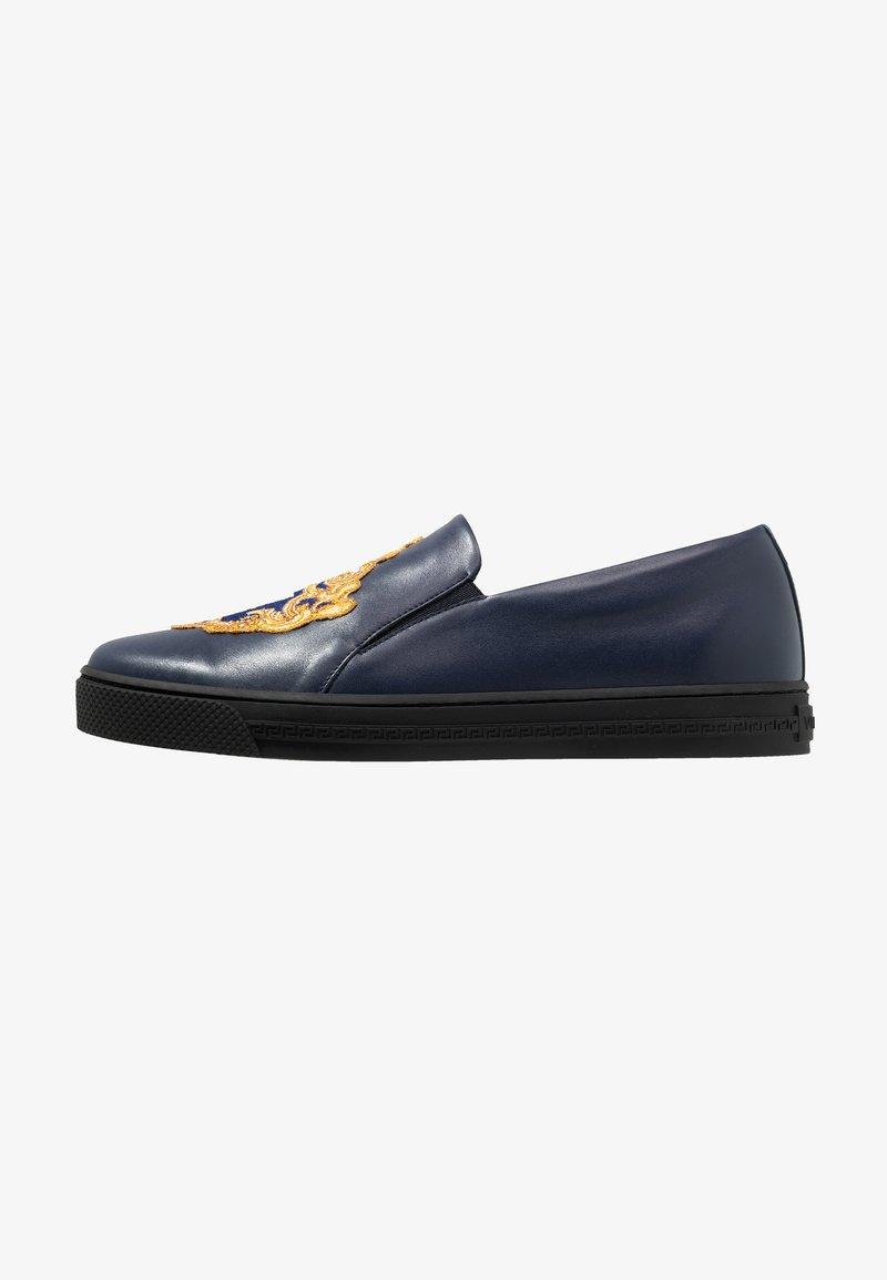 Versace - Nazouvací boty - navy