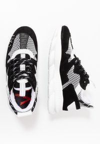 Versace - Baskets basses - black/white - 0