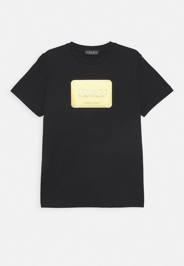 MAGLIETTA MANICA CORTA - T-shirt print - nero