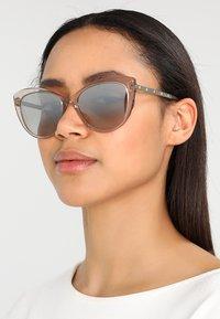 Versace - Gafas de sol - brown - 1