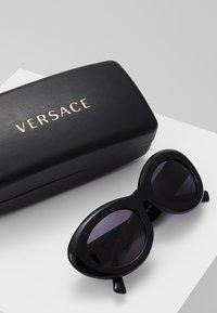 Versace - Sunglasses - black - 2