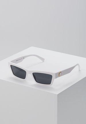 Solglasögon - white