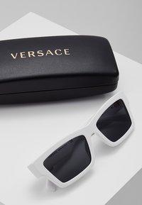 Versace - Sonnenbrille - white - 0
