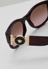 Versace - Lunettes de soleil - red - 4