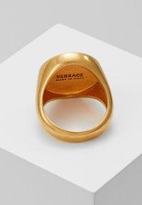 Versace - Prsten - nero/oro tribute - 2