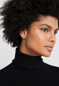 Versace - ORECCHINI - Earrings - chiaro - 1