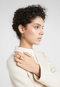 Versace - ANELLO - Anello - gold-coloured - 1