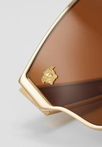 Versace - 0VE - Gafas de sol - gold-colured/brown - 3