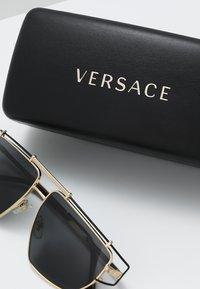 Versace - Solbriller - gold-coloured/grey - 2