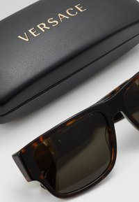 Versace - Solbriller - havana - 2