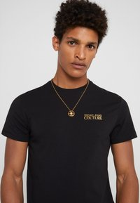 Versace - Necklace - nero oro - 1