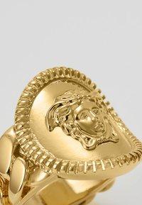 Versace - Ringe - oro caldo - 5