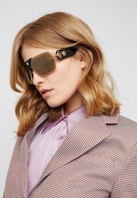 Versace - Occhiali da sole - gold-coloured - 3