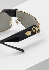 Versace - Occhiali da sole - gold-coloured - 5