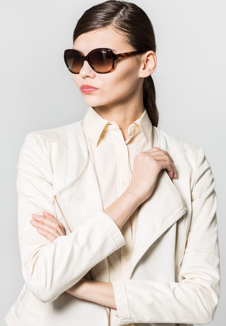 VOGUE Eyewear - Sunglasses - brown