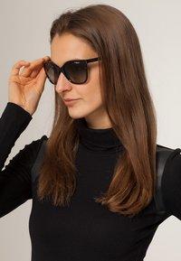 VOGUE Eyewear - Solglasögon - black - 0