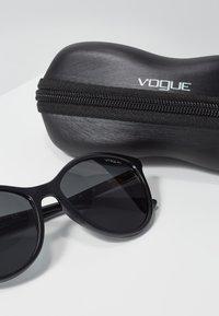 VOGUE Eyewear - Occhiali da sole - black - 3