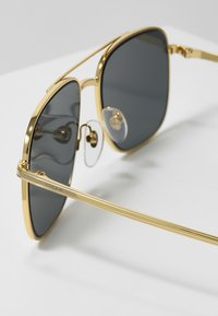 VOGUE Eyewear - GIGI HADID - Solbriller - grey - 2