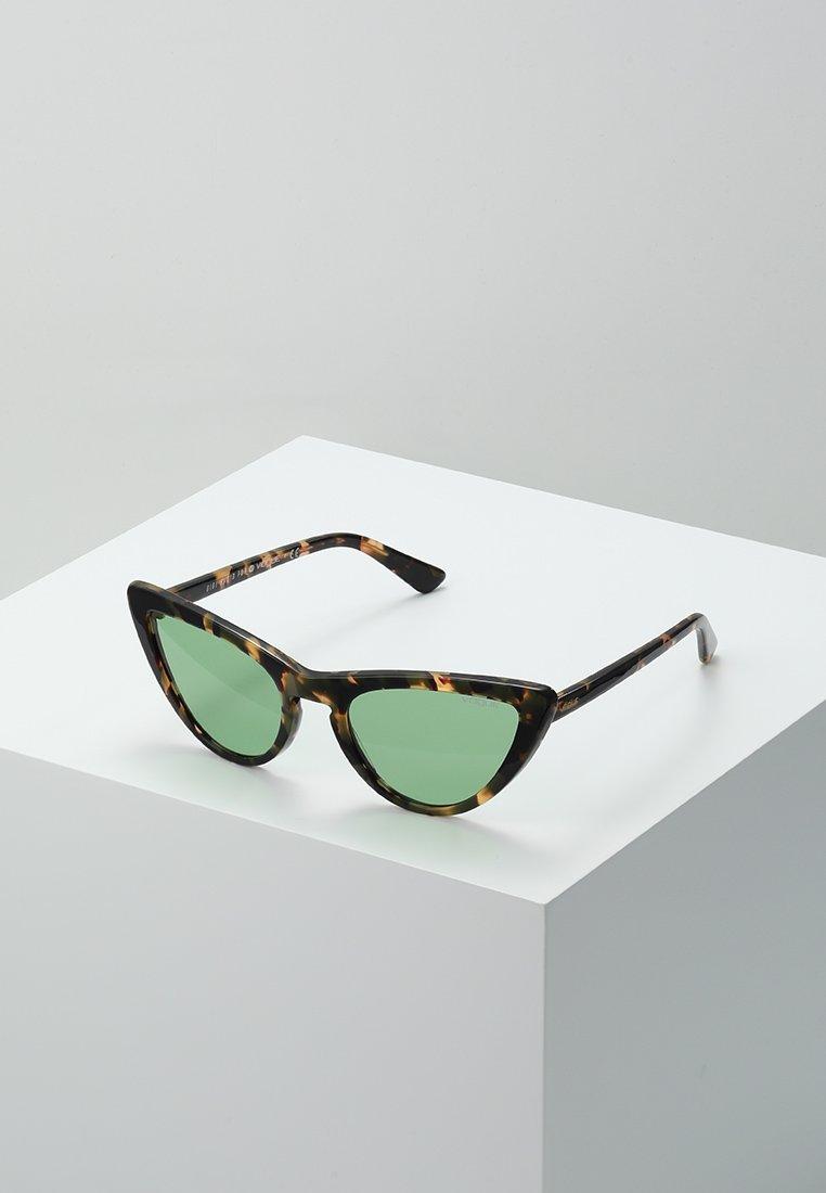 Soleil Brown HadidLunettes Eyewear Vogue Gigi De oerCBdx