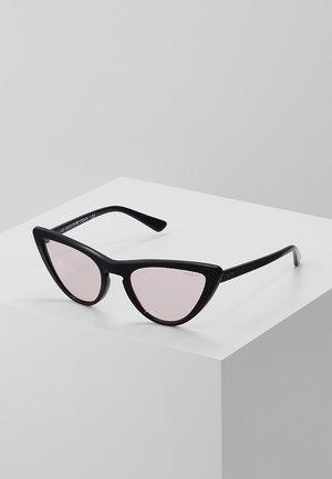 GIGI HADID - Okulary przeciwsłoneczne - black/pink